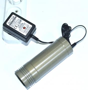 Автоматическое зарядное устройство 16,8V 1.5A