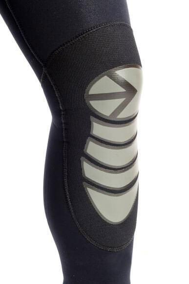 Гидрокостюмы носки перчатки майки